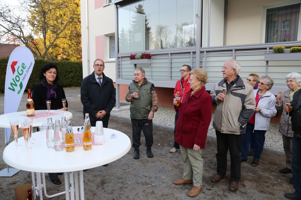 Feierliche Übergabe Balkone Friedenstraße